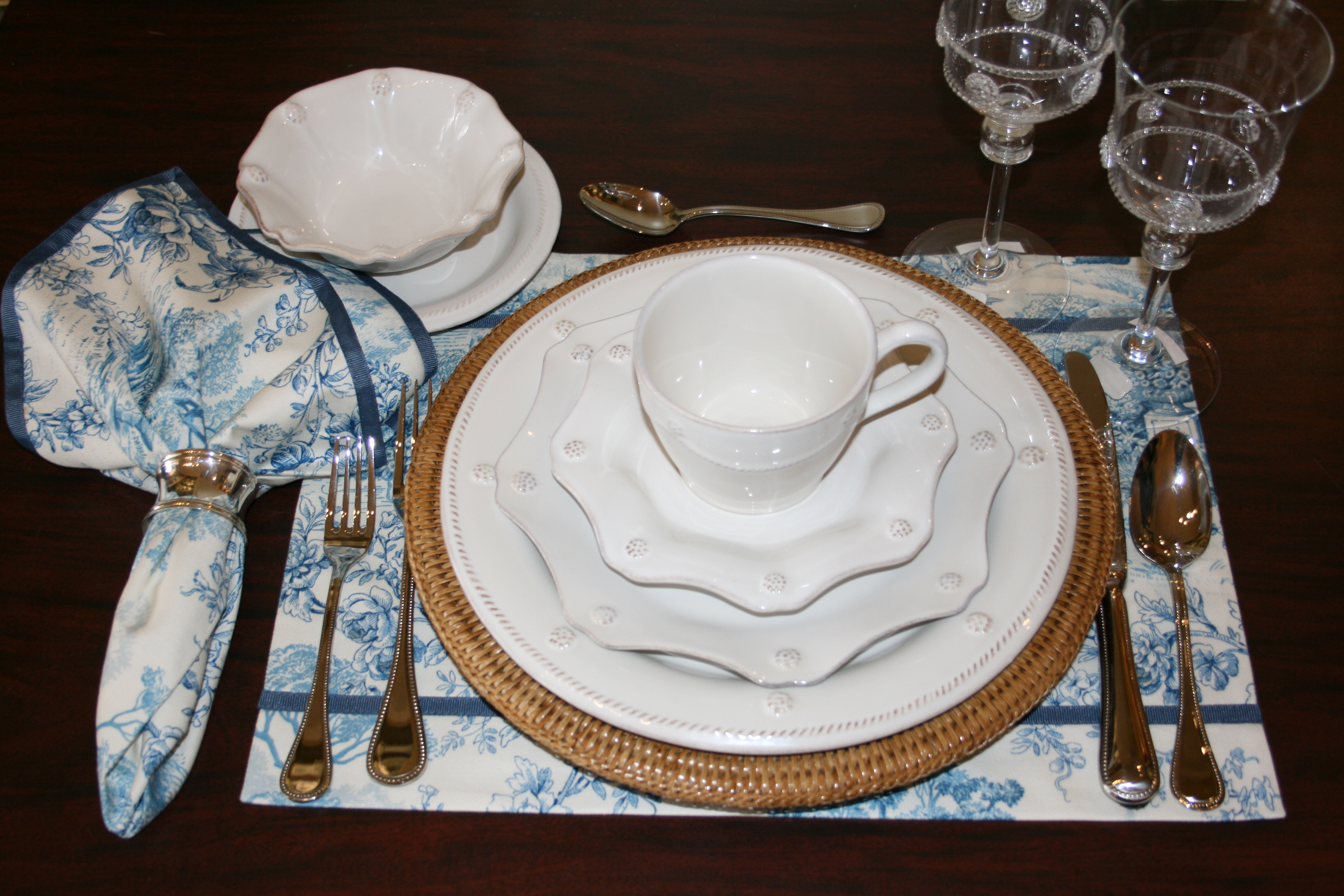 One Table Setting Four Different Ways Bering 39 S At Home